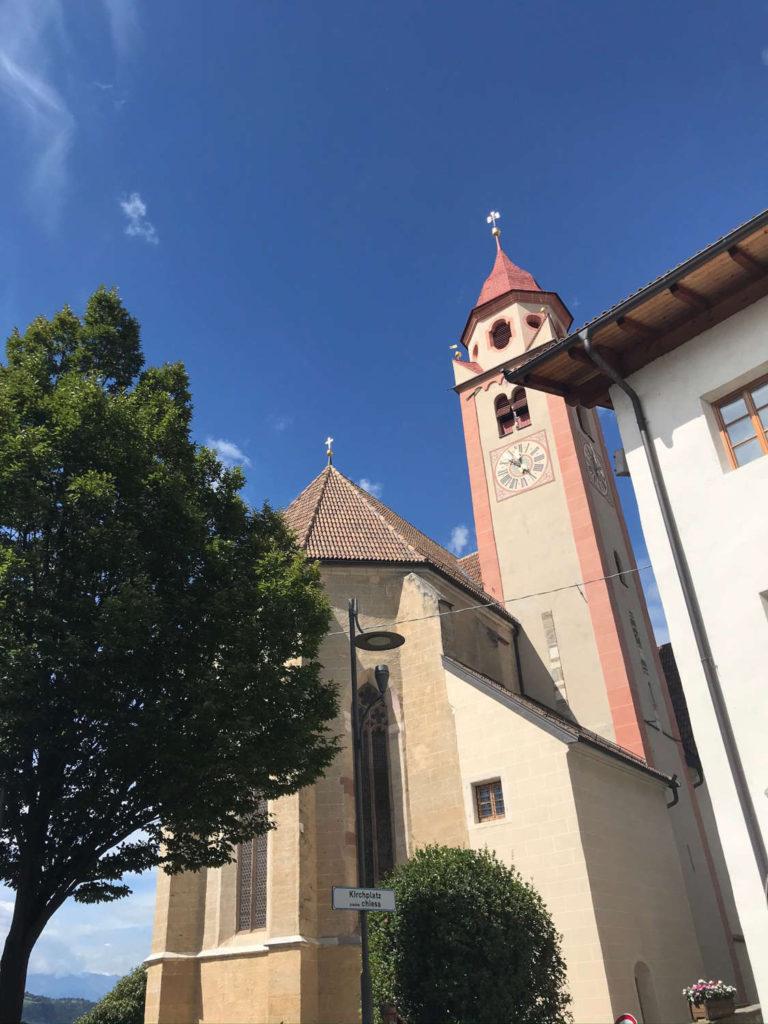 Kirche Dorf Tirol